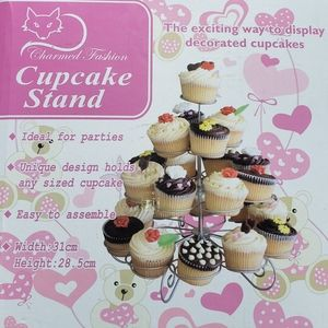 Charmed Fashion 4-Tier Wire Cupcake Display Stand